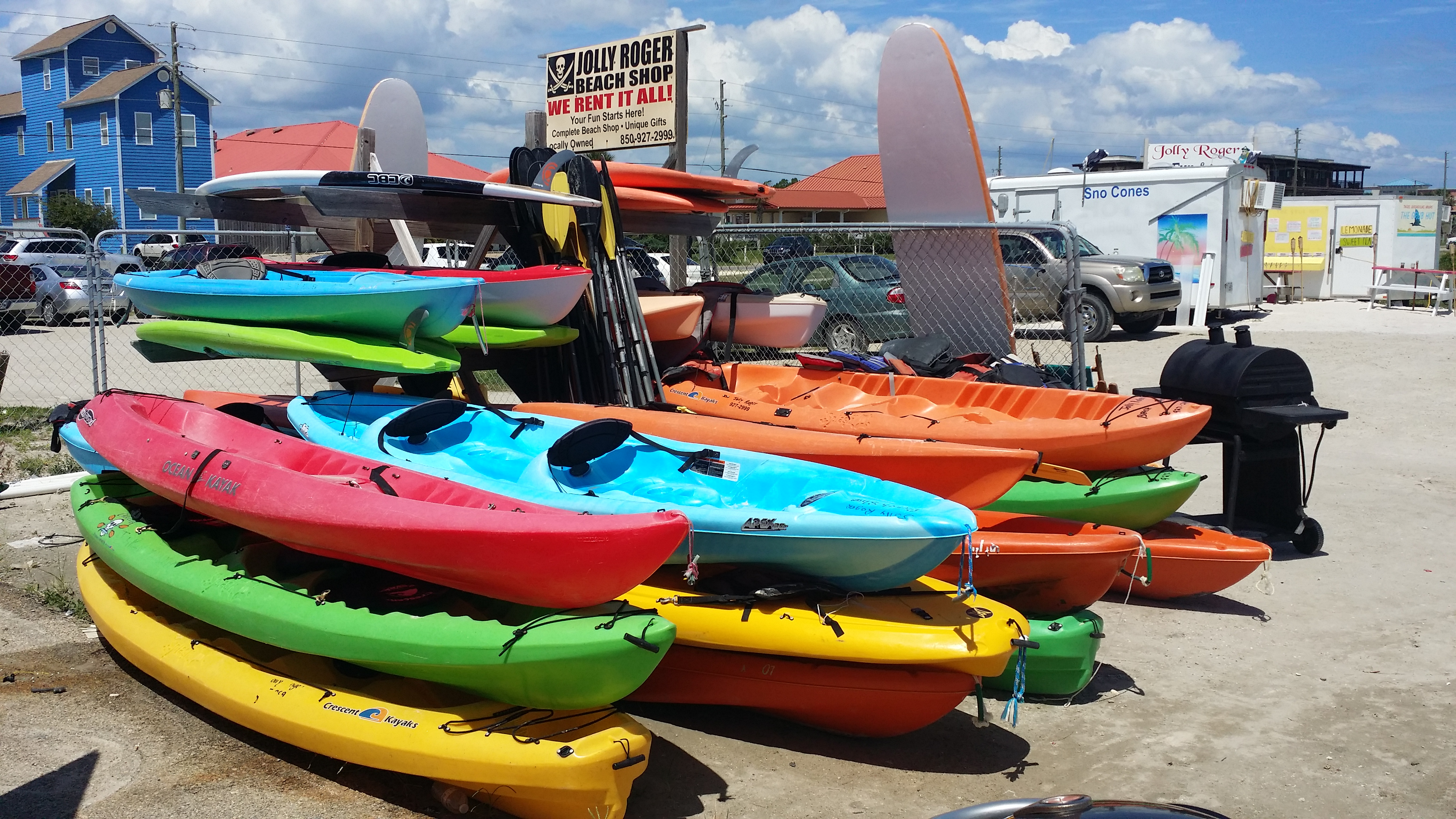 Jolly roger beach shop on st george island florida for Kayak fishing store